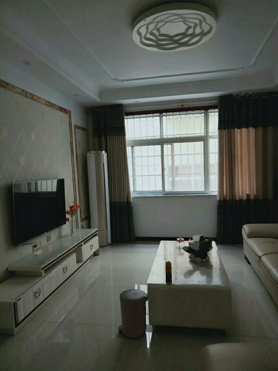 售婚房+低楼层城关二中旁三室两厅43万元