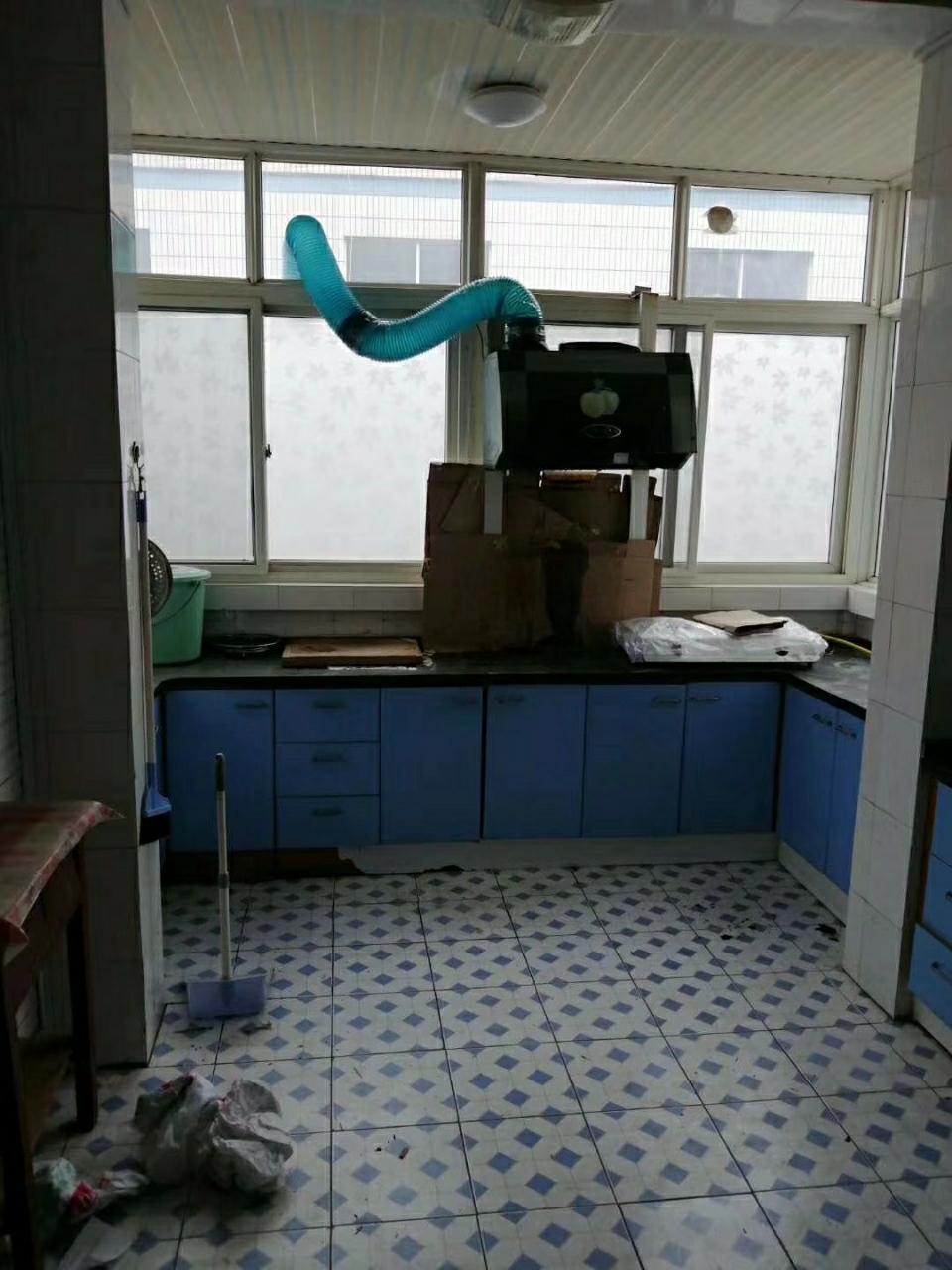 老城实验小学3室 2厅 1卫28.8万元