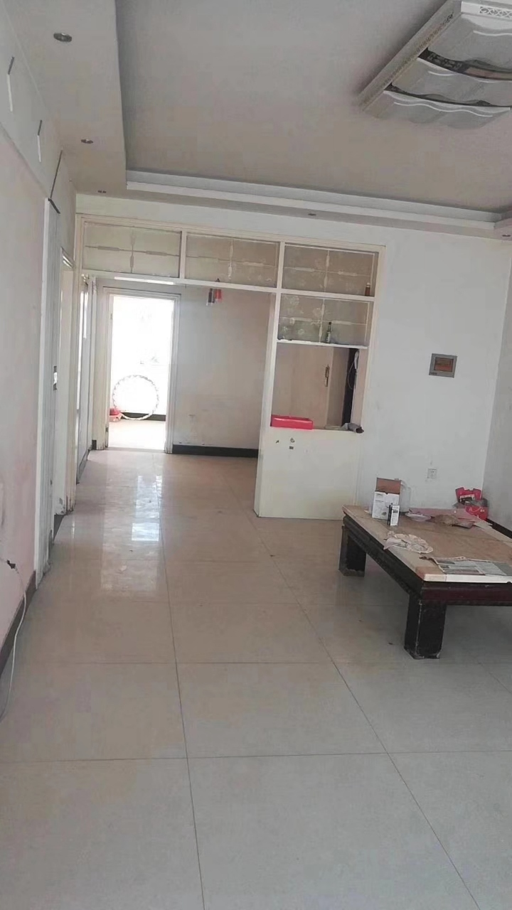 转角楼3室 2厅 1卫25.5万元