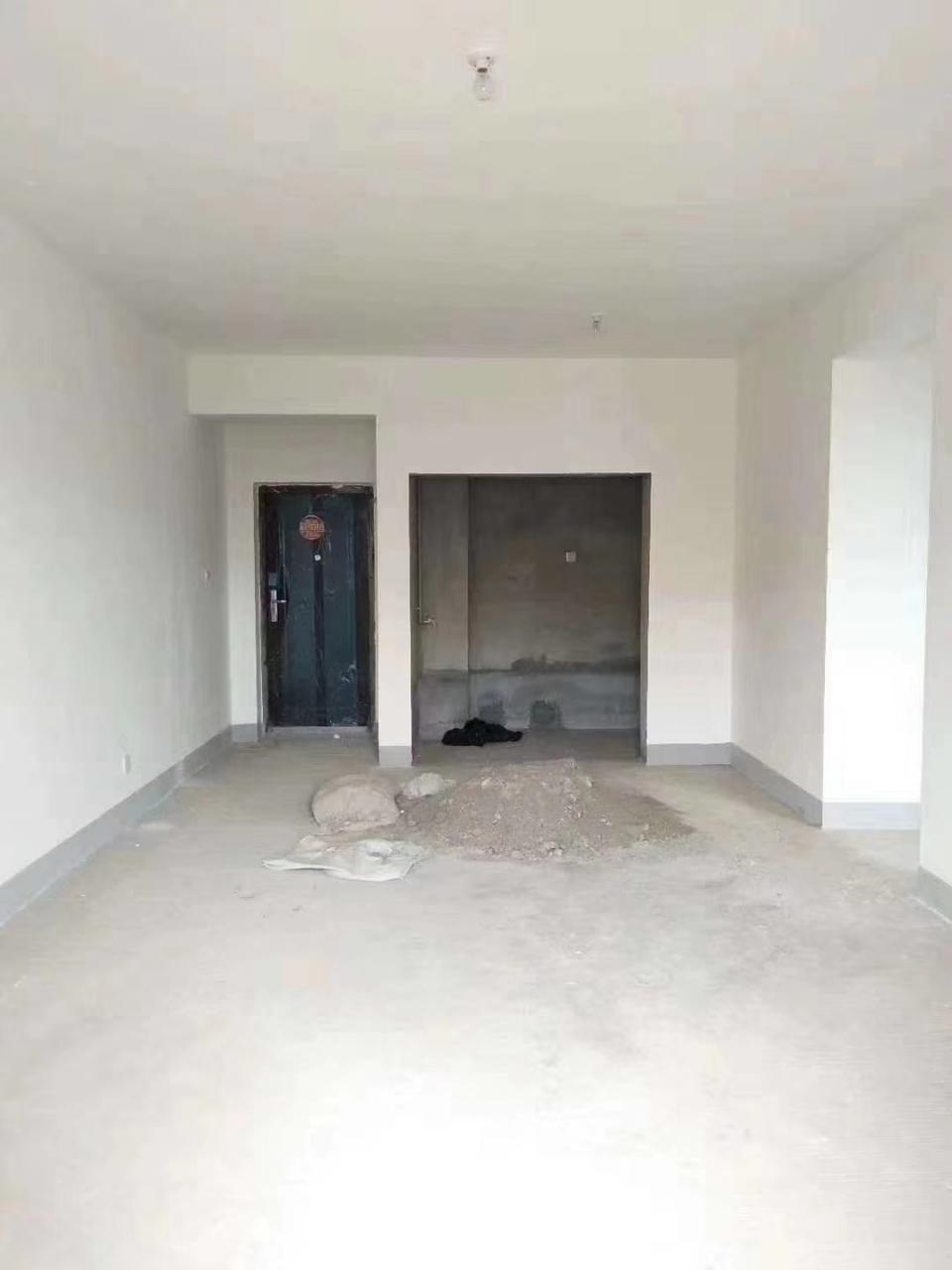 水晶郦城3室 2厅 2卫43万元
