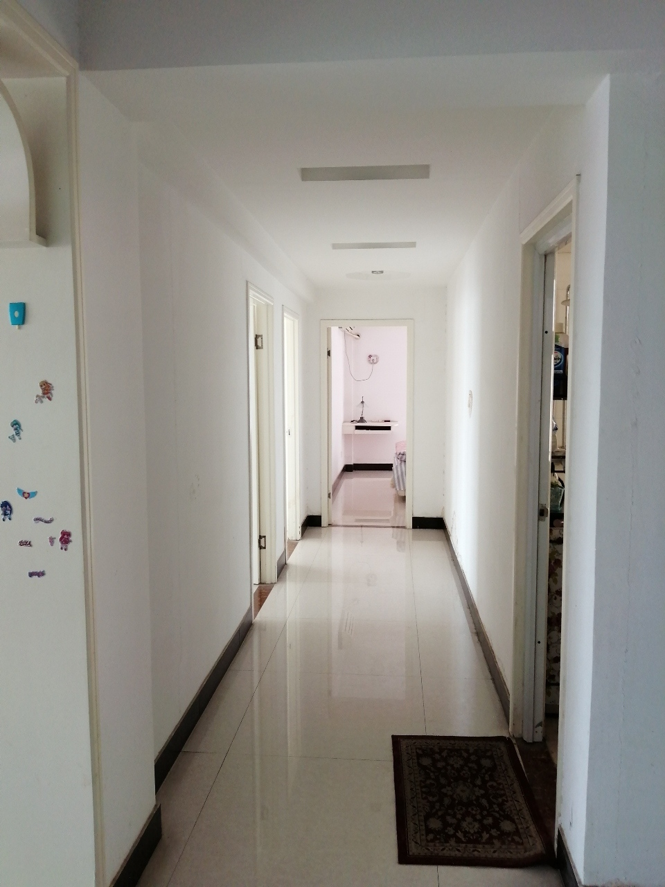 龙鼎苑小区3室 2厅 1卫77万元
