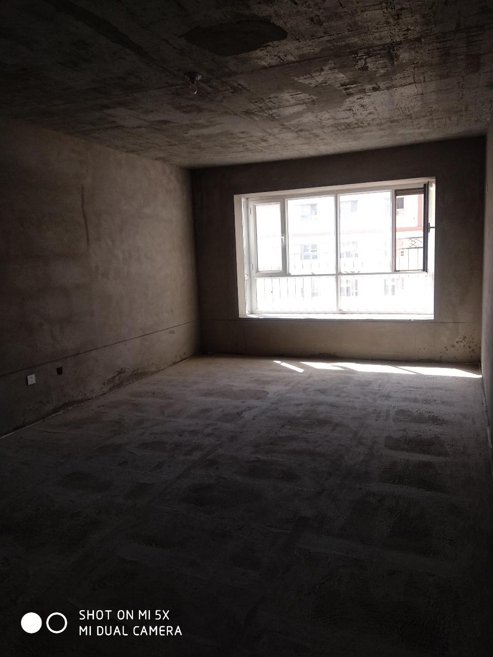 石化十字附近新房按揭急售2室 2厅 1卫51.8万元