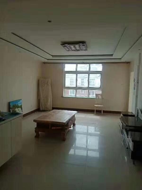 渤海明珠3室 2厅 1卫90万元带车库证满