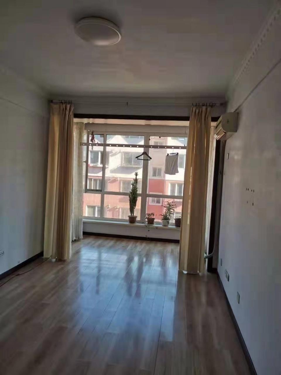 百合家园2室 1厅 1卫31万元