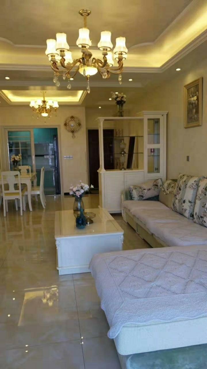 宏帆广场3室 2厅 2卫97万元