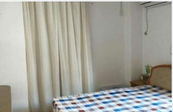 凤山路3室 2厅 2卫2149万元