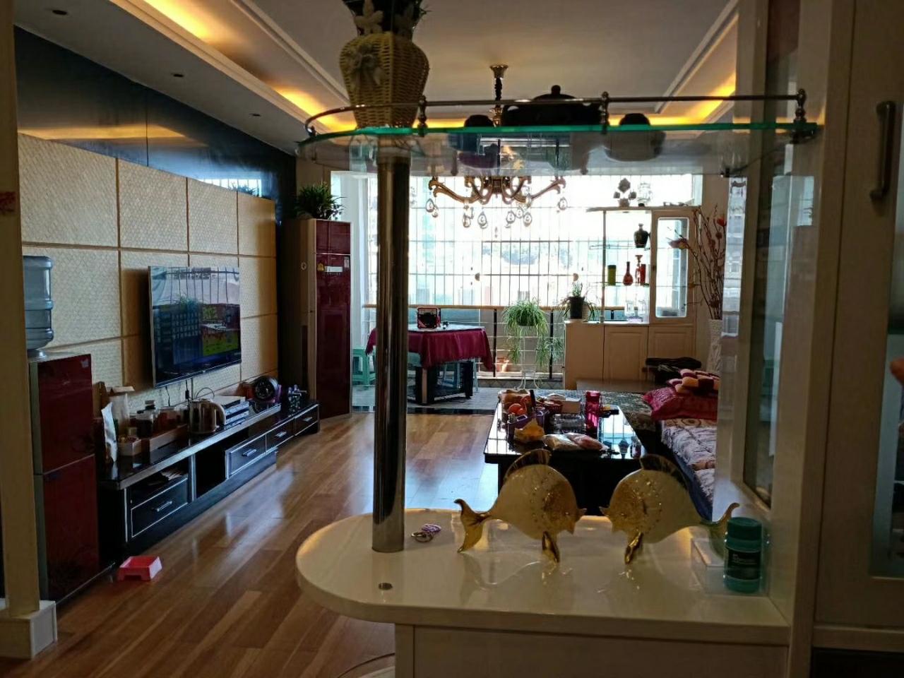 三中小區3室 2廳 2衛61.8萬元