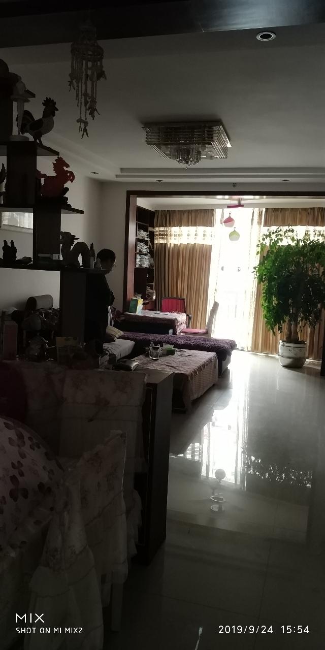 龙腾锦城3室 2厅 1卫73万元