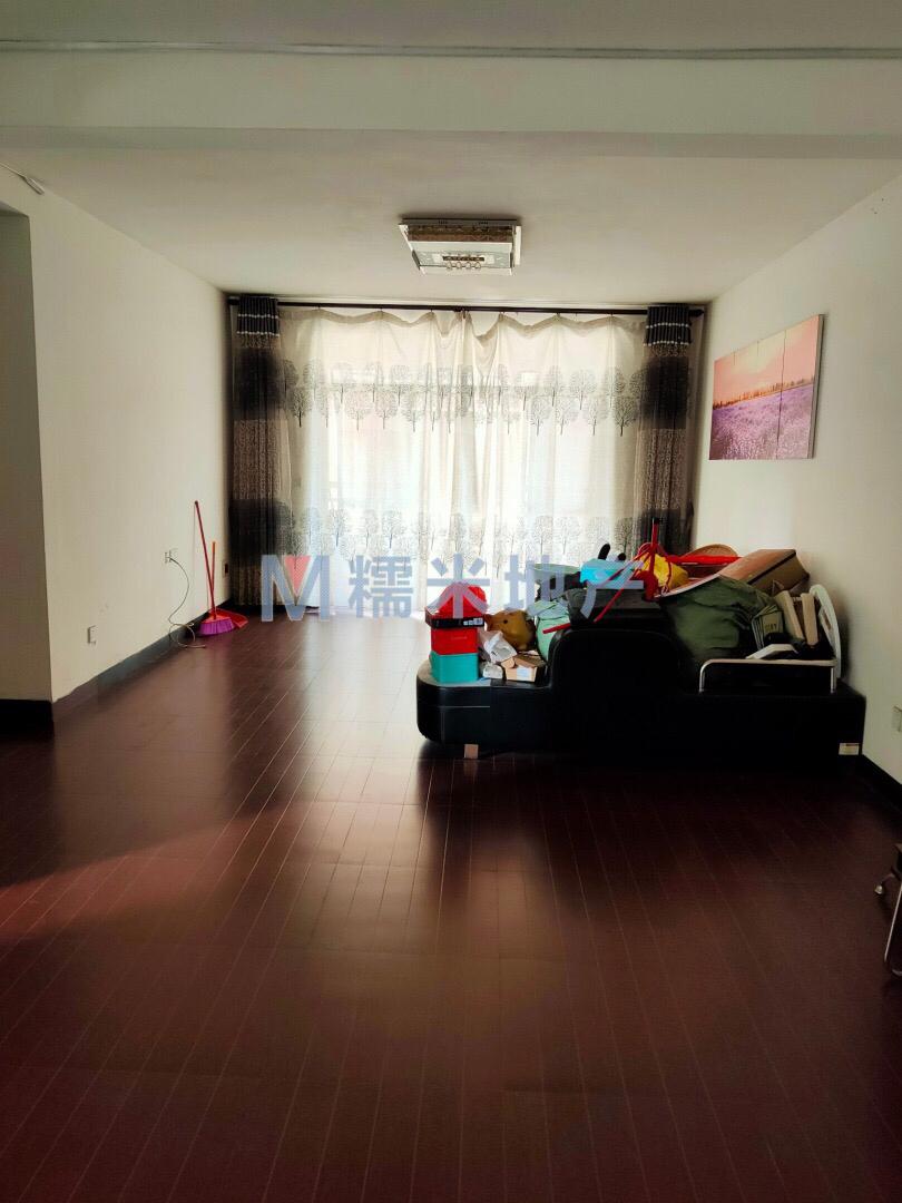 华夏铭都4室2厅2卫50万元,真实房源。