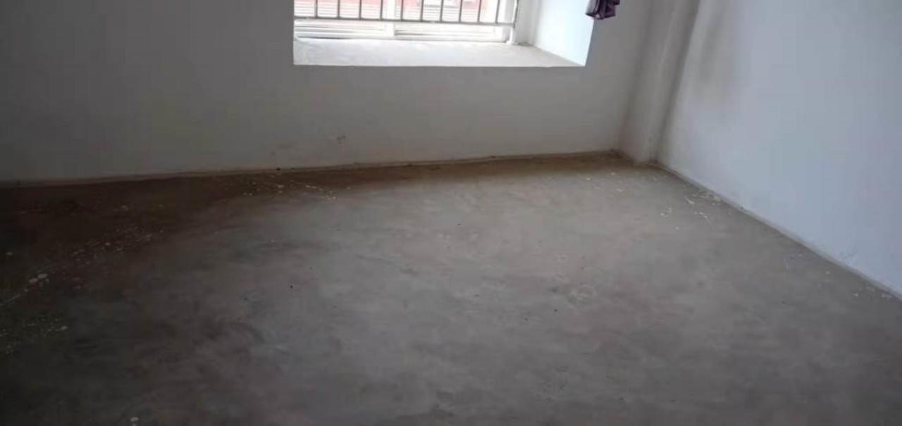 北门口3室 2厅 2卫46.8万元