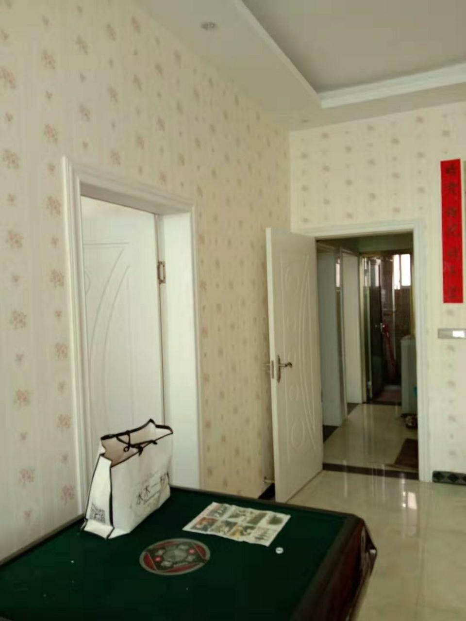 三中小區5室 1廳 1衛37.8萬元