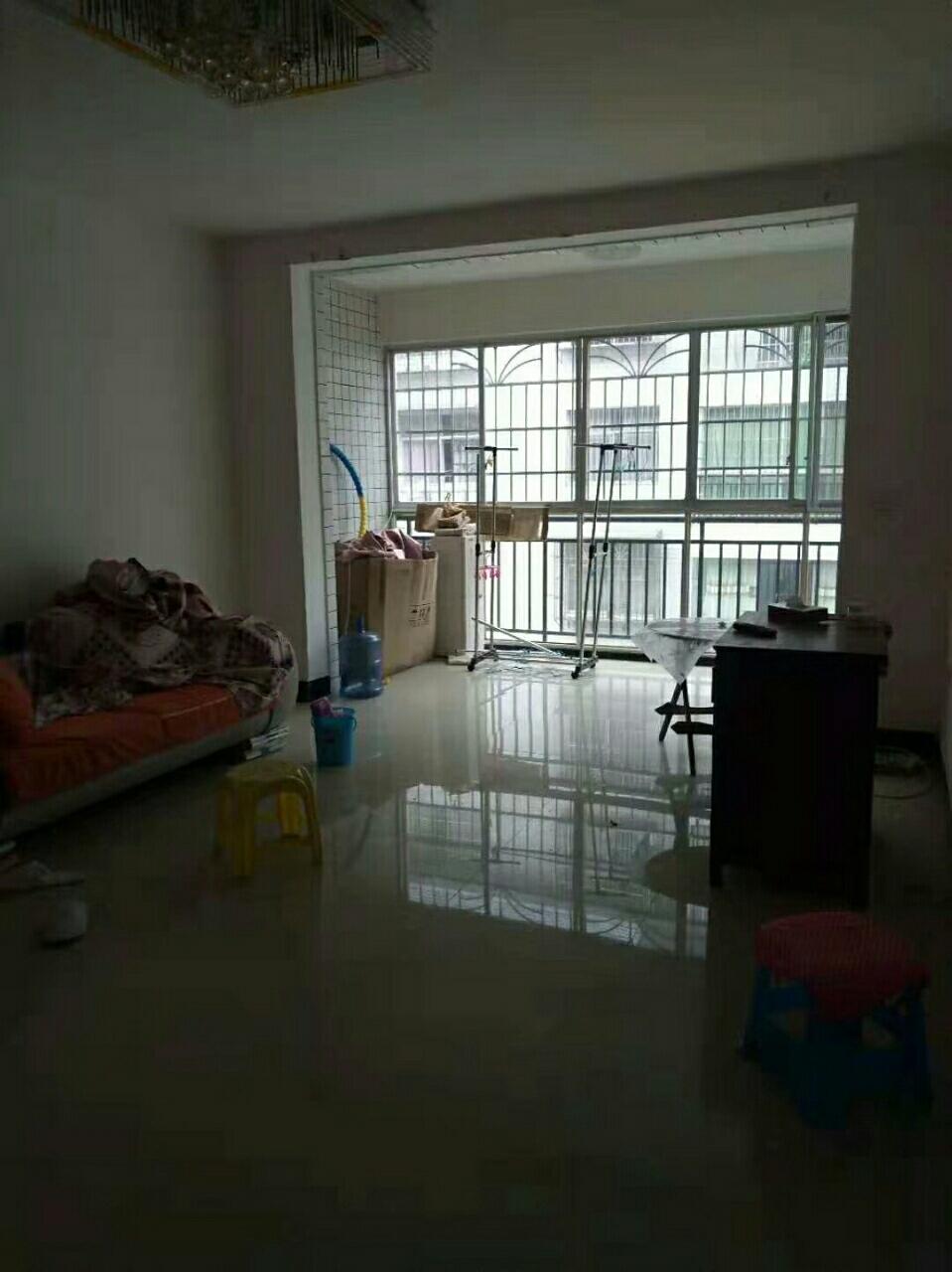 佳居苑2期3室 2廳 2衛50.8萬元