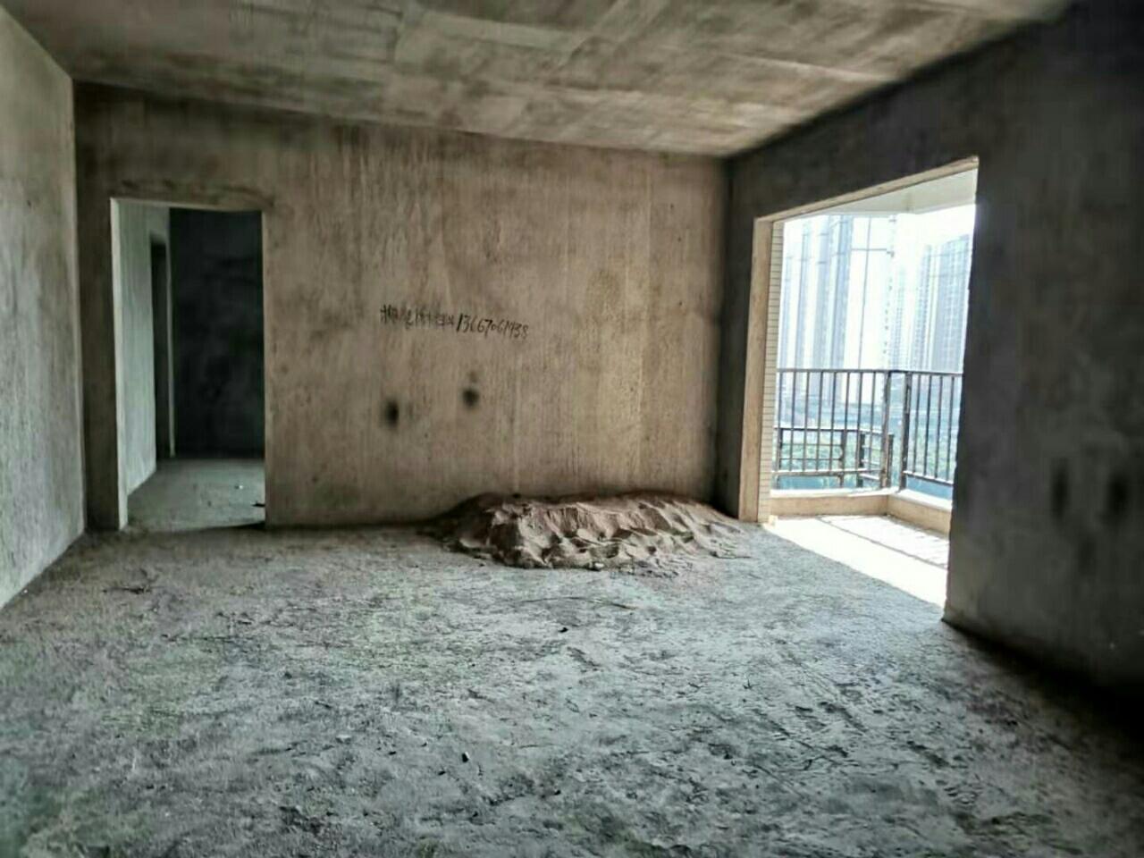 水印丹堤全新毛坯3室 江景房79萬元