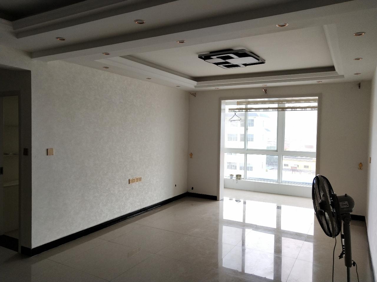 五小學區天龍華府2室 2廳 1衛42萬元