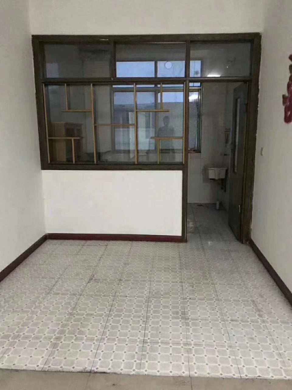 惠安小區西3室  22萬元