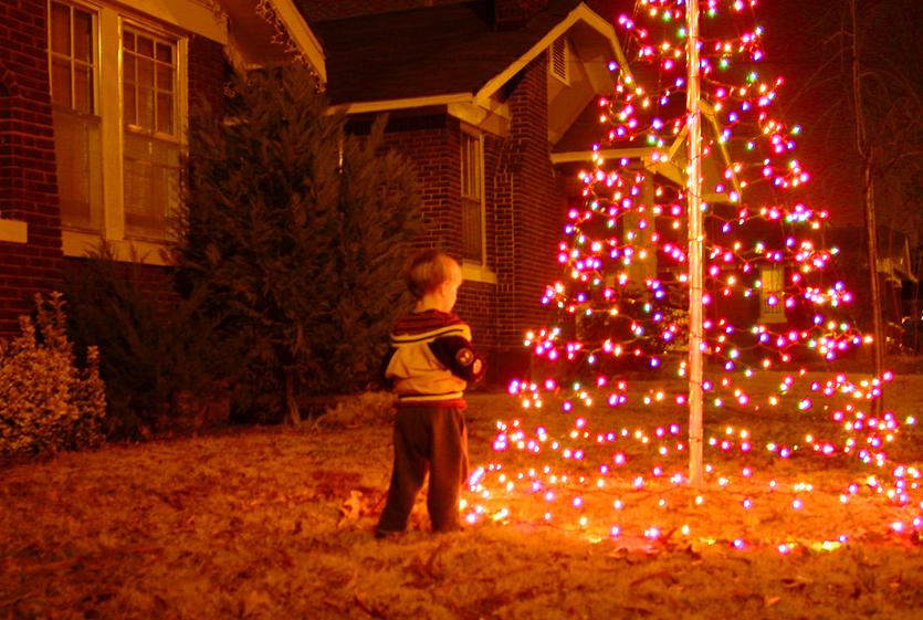 成全孩子的想象,告诉孩子圣诞老人真的存在