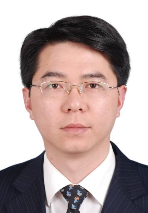 杨小军同志简历