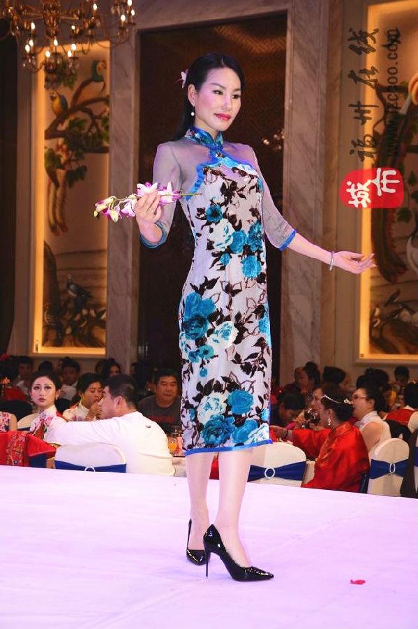 表演者:新丝路少儿模特        中国旗袍协会旗袍女神奖:陈靖璇
