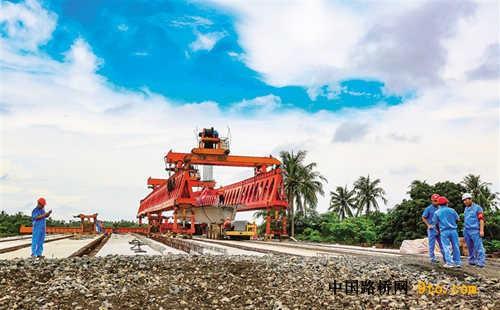 海南:文昌市至琼海市高速公路加紧建设中