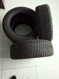 8成新玛吉斯雪地轮胎4条,规格195/60R15