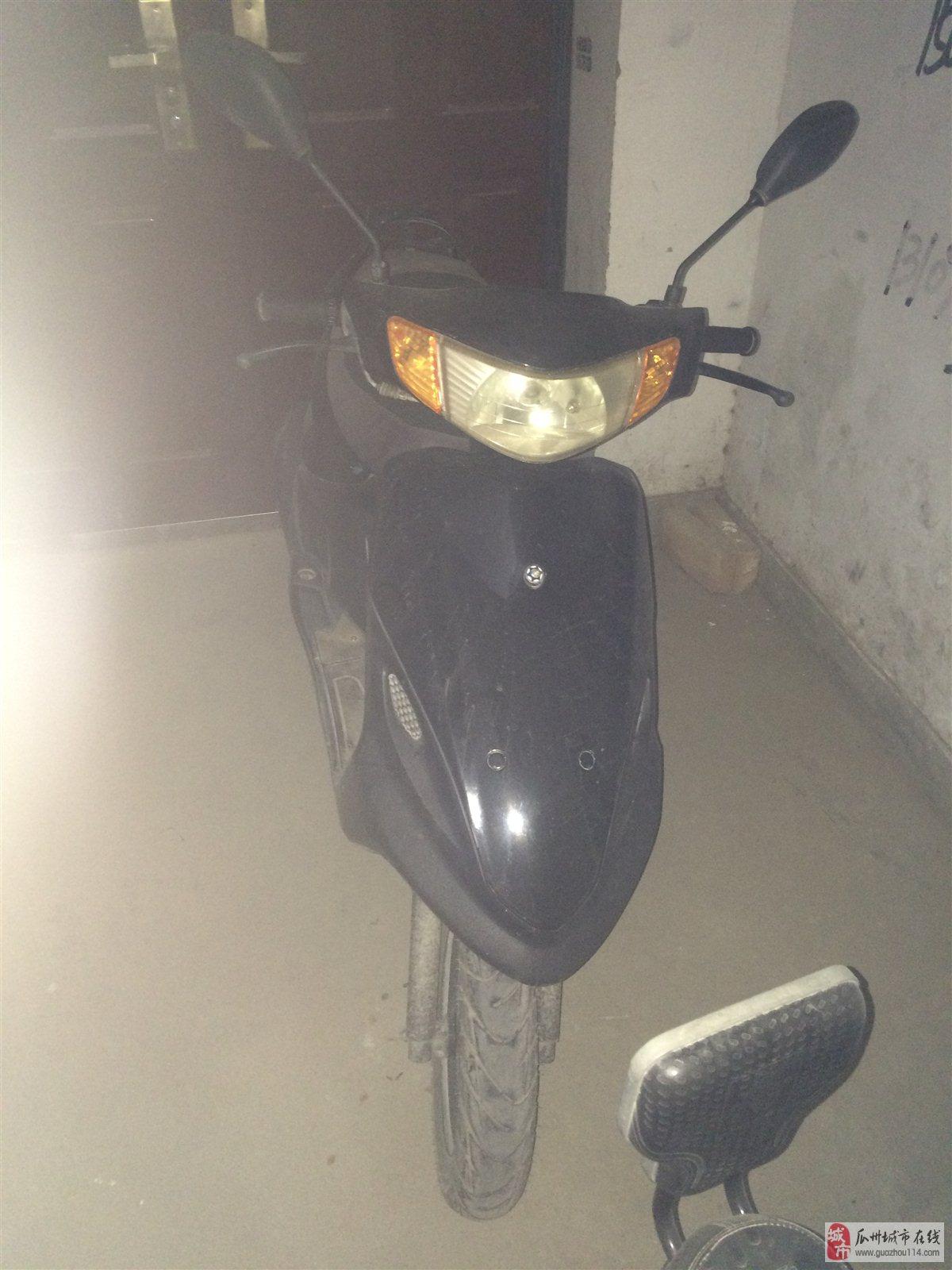雅马哈100cc踏板车9成新出售