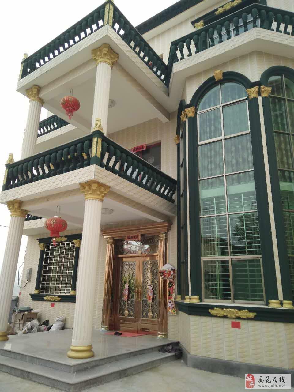 吊顶,打柜,石膏线条,外墙喷漆,刮墙等室内外装修