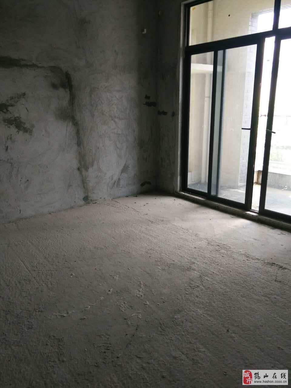 松鹤新城168方南向5房格局靓位置好88万 联系我时请说明是在鹤山在线