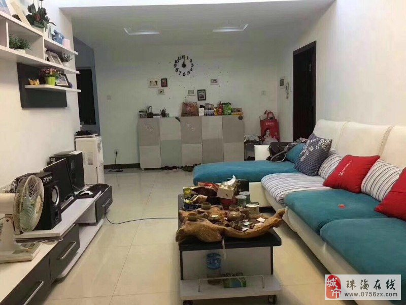 新香洲东大新村精装修南北通三房住户素质高业主诚意出售