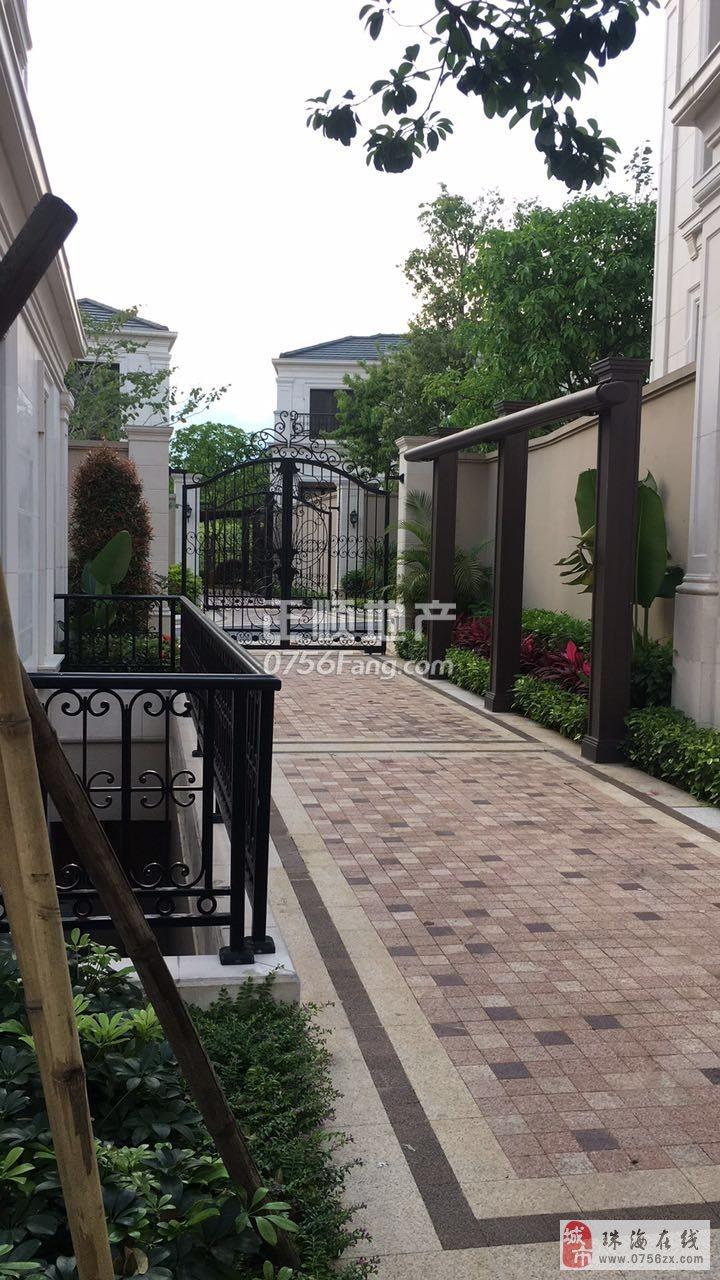 唐翠湖香山独栋别墅仅售2600万诚心出售高尔夫球场顶端豪宅