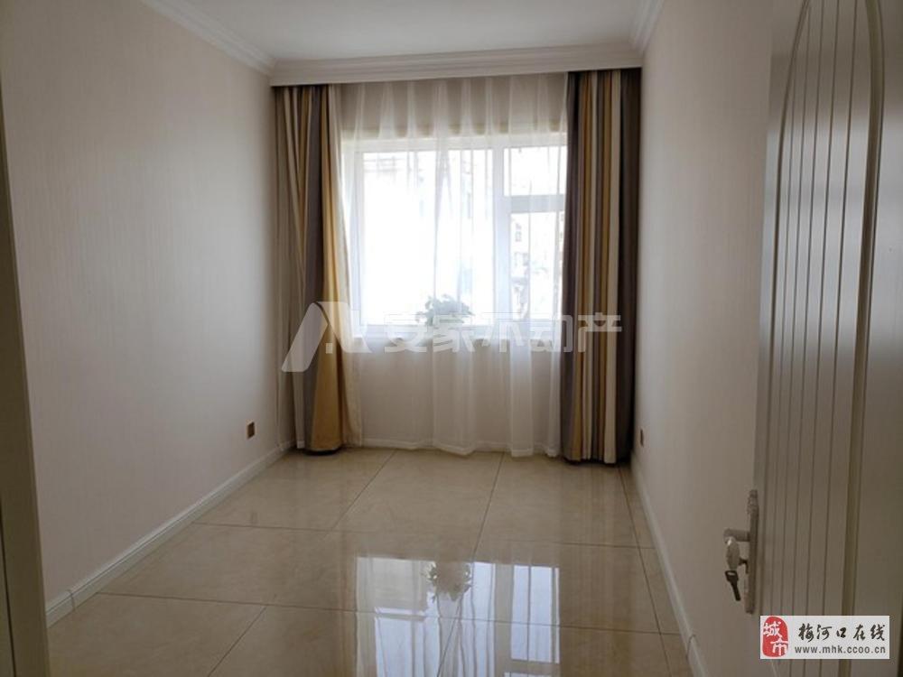 台湾城3室2厅1卫52.8万元