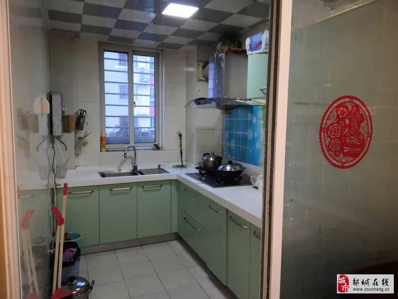 燕京花园3室2厅1卫65万元