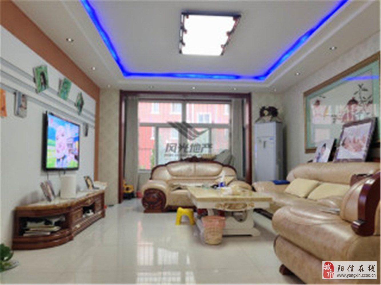 急售恒泰家園151平大三室好樓層帶大車庫老證