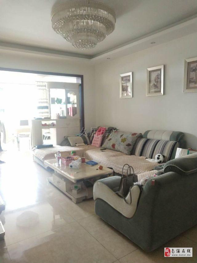 凯丽香江江景房实际比照片还美丽超大卧室独特装修风格