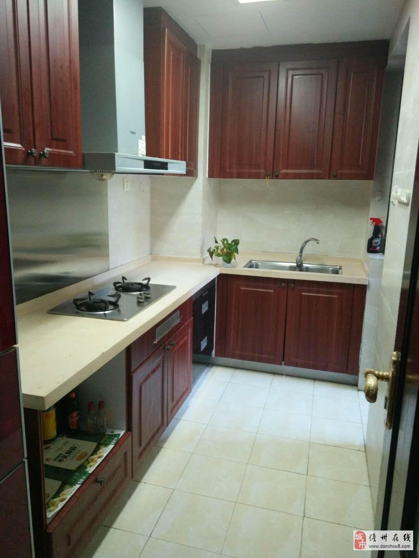 海南儋州市恒大名都3室2厅2卫出售98万元
