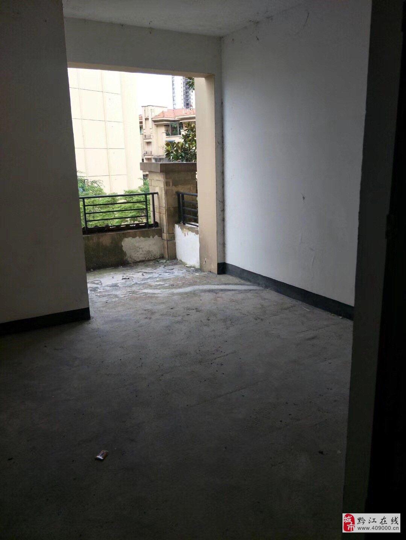 山台山洋房清水4室2厅2卫145平单价5300一平