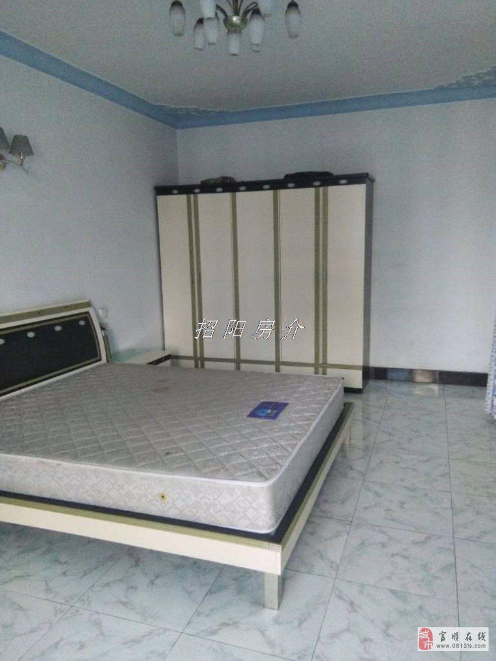 吉安宾馆对面3室2厅1卫37.8万元