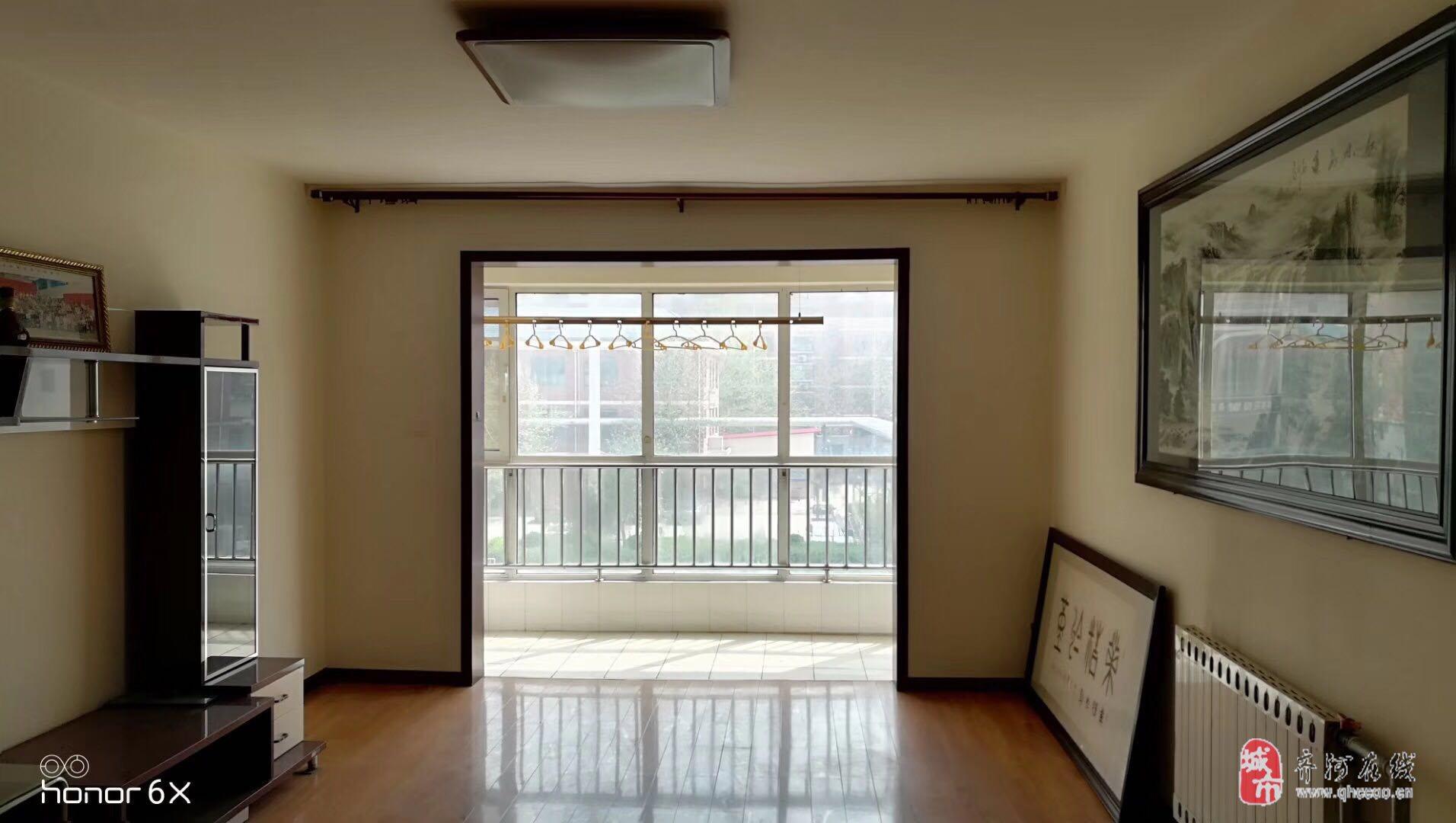 都市花园4室2厅2卫149平132万元