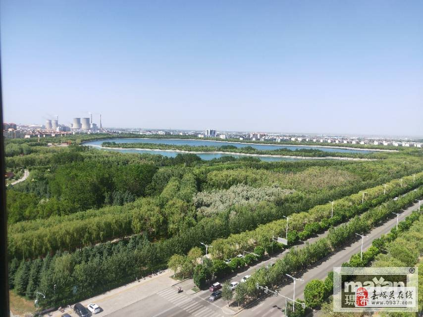 东湖明珠花园2室2厅1卫44万元