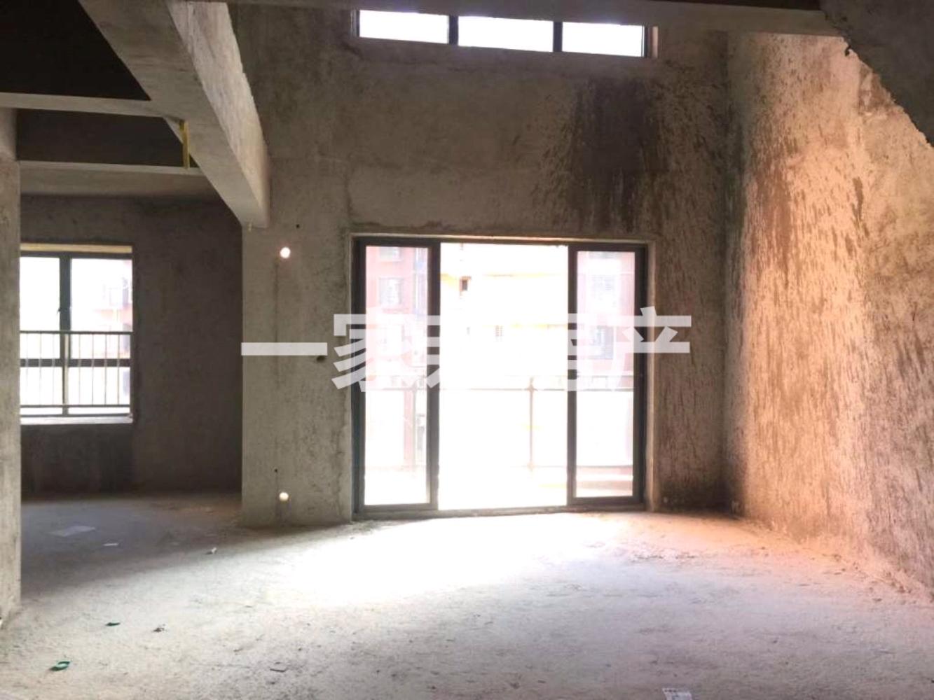 恒禾湾美3室2厅2卫155万元