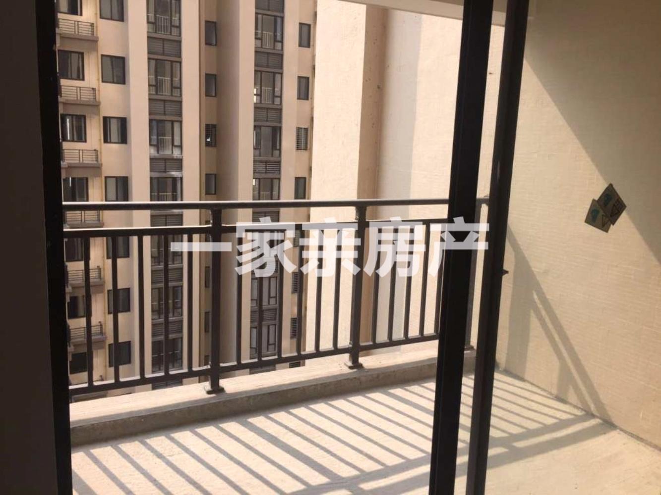 凤山学府3室2厅2卫南北通透双阳台