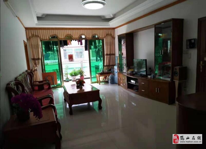 中華園小區管理精裝南北對流3室2廳2衛60萬元
