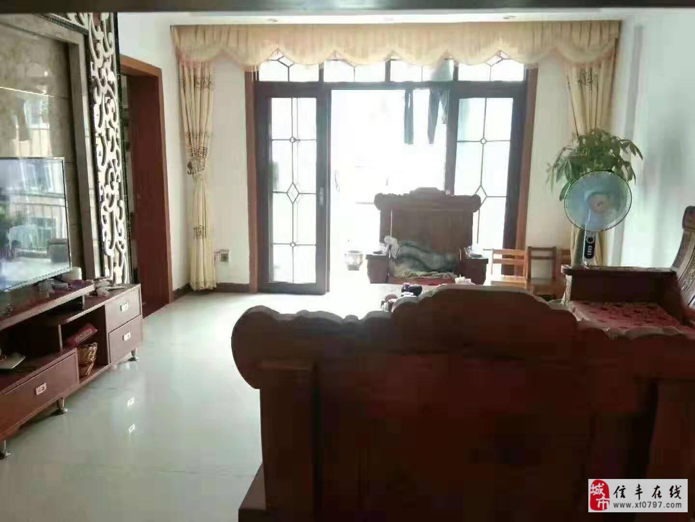 3室2厅精装修59万元