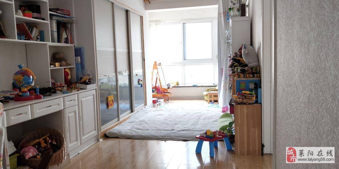 龙门山庄3室2厅2卫128万元
