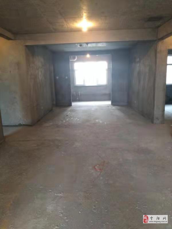 泰和●帝歐園3室2廳2衛76萬元