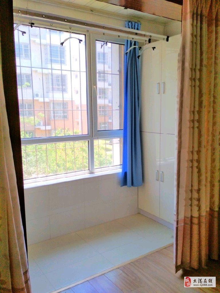阳光佳园一里2室2厅1卫85万元