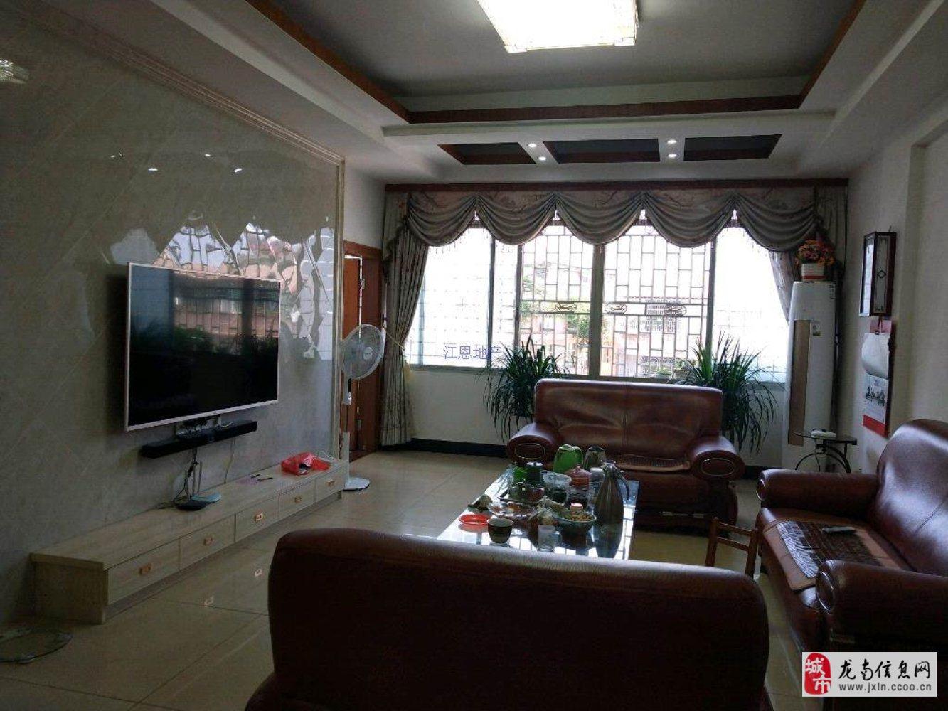 老板说,太值了,滨江精装147平米只要55万带杂间