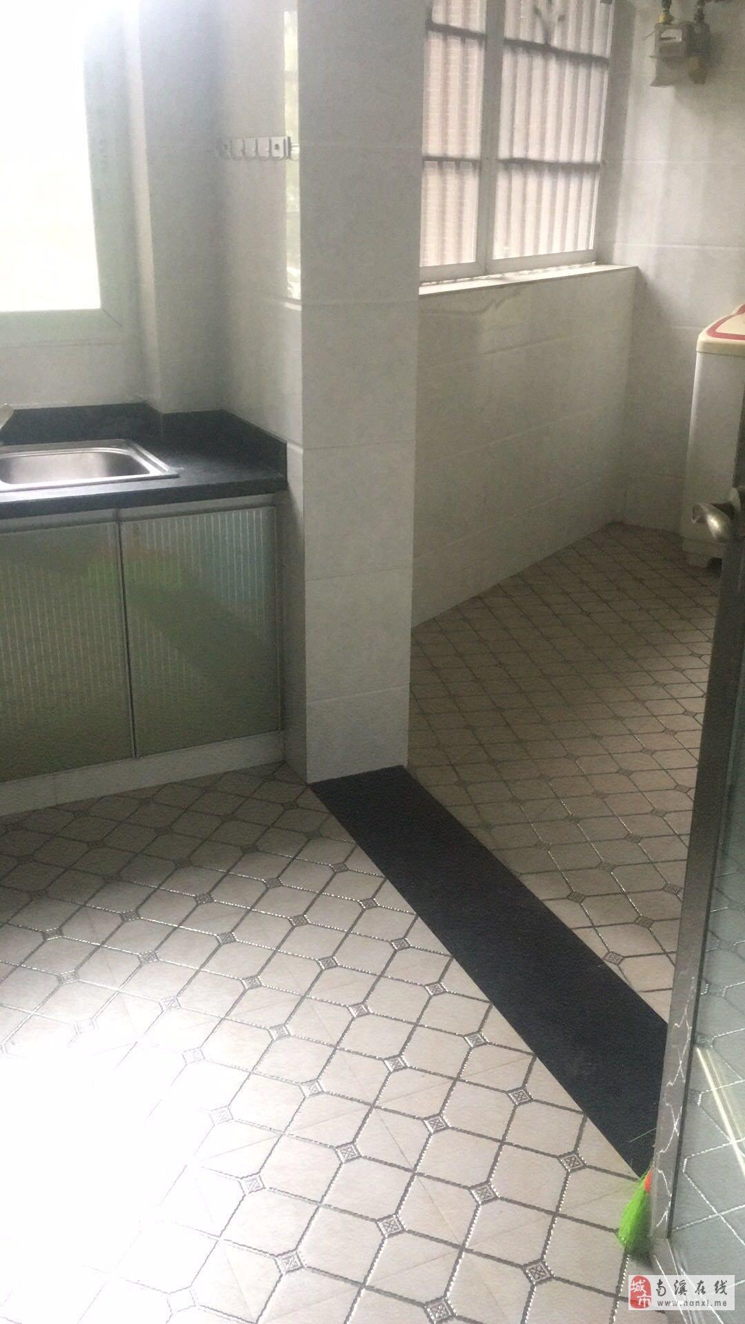 长江国际2室2厅1卫45.8万元