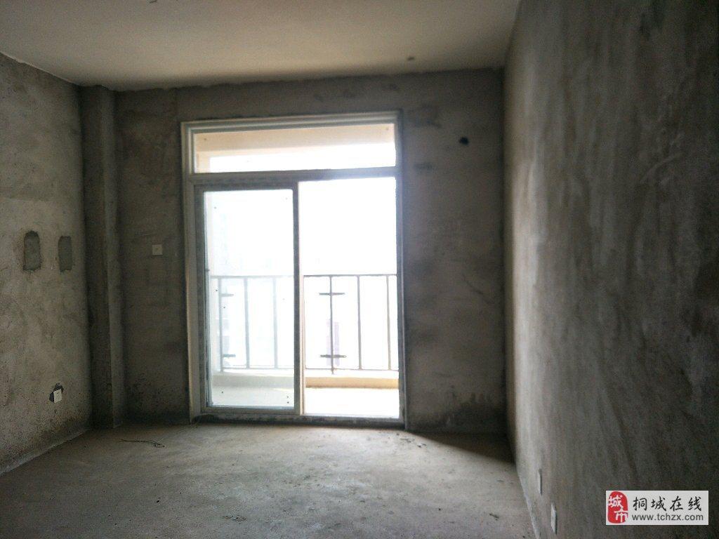 梧桐凤凰城成熟小区钻石楼层超大两居急售