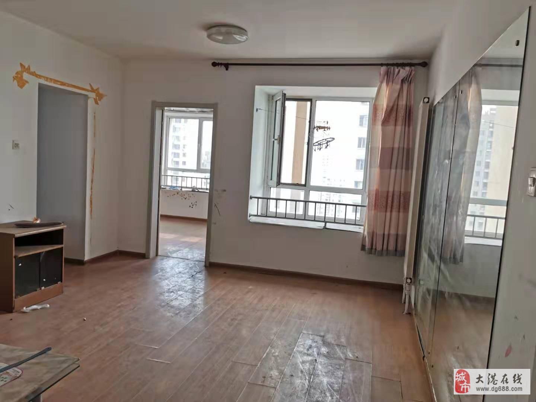 福欣园中间楼层两室简装无税仅售100万房主急售