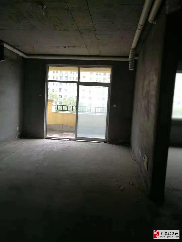 巴黎庄园5室2厅2卫120万元一手房